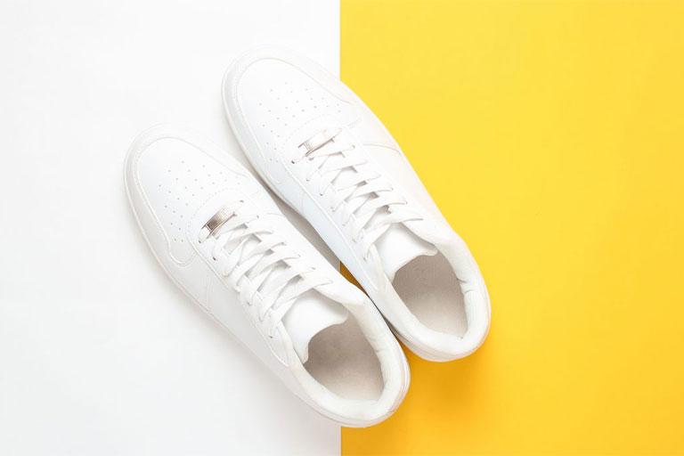 تمیز کردن کفش سفید